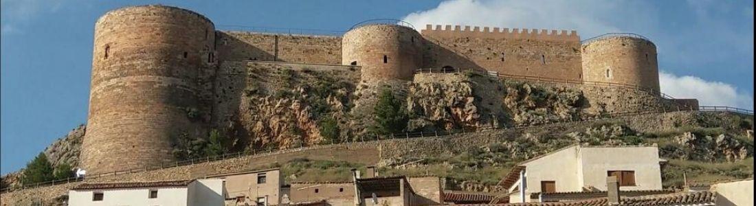 Castillos de la cara oculta del Moncayo y menú degustación