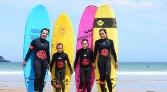Surf en Familia en Cantabria